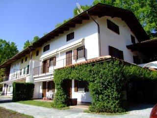 Foto 1 di Villa strada per Palazzo 24, Piverone