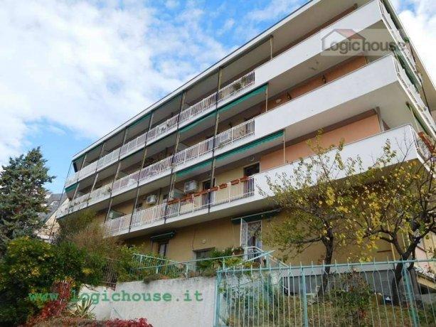 Foto 20 di Quadrilocale via Rusca , 23, Savona