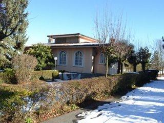 Foto 1 di Villa VIA BORIO CASTELLAZZ0 3, frazione Repergo, Isola D'asti