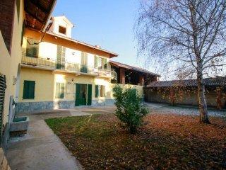 Foto 1 di Rustico / Casale via Volpini 2, San Benigno Canavese