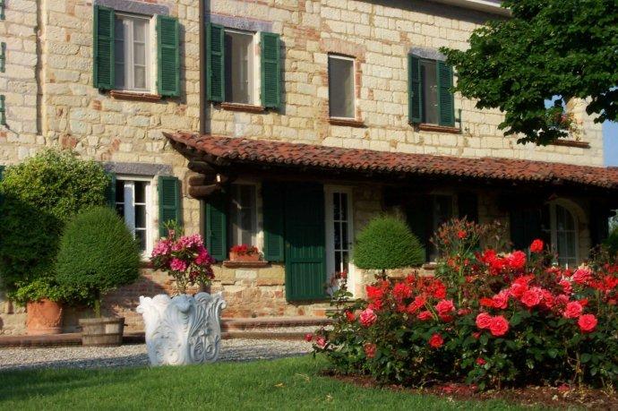 Foto 2 di Villa via Europa, Frassinello Monferrato