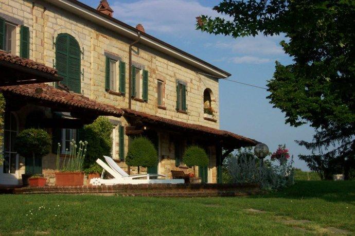 Foto 3 di Villa via Europa, Frassinello Monferrato