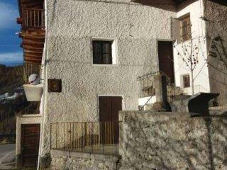 Foto 1 di Appartamento Borgata Cucchiales Inferiore, Stroppo