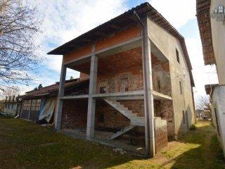 Foto 1 di Rustico / Casale strada per Ivrea 43, Castellamonte