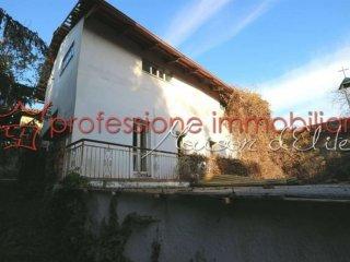 Foto 1 di Rustico / Casale Strada del Colle, Verrua Savoia