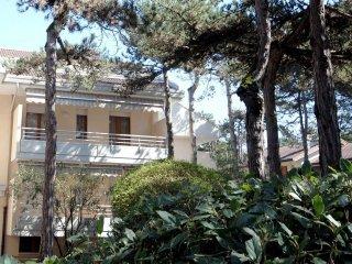 Foto 1 di Trilocale via XXV Aprile, frazione Lignano Pineta, Lignano Sabbiadoro