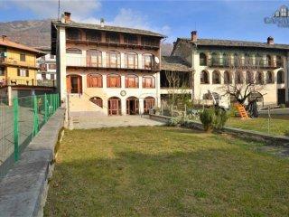 Foto 1 di Casa indipendente via Monte Marzo 50, Vico Canavese