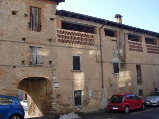 Foto 1 di Rustico via Quagliotti 23, Borgomanero