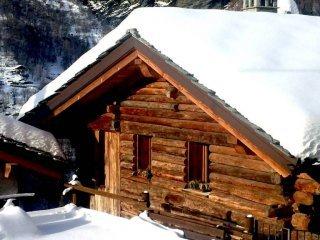Foto 1 di Rustico / Casale Frazione Servaz, frazione Servaz, Valtournenche