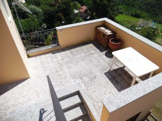 Foto 1 di Appartamento via San Pietro, Ceranesi