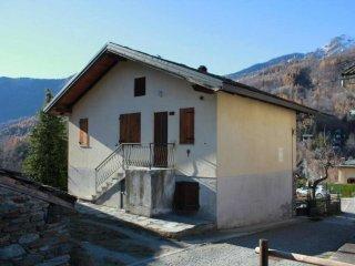 Foto 1 di Trilocale borgo Frazione Bourg. Antey Saint André, Antey Saint Andrè