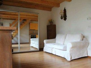Foto 1 di Bilocale via via torin, frazione Torin, Pontey