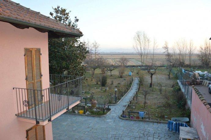 Foto 2 di Casa indipendente via Massaua, frazione Campagna, Crescentino