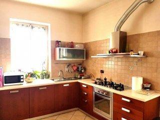 Foto 1 di Trilocale strada Cinzano 23, frazione Cinzano, Santa Vittoria D'alba