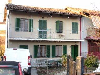 Foto 1 di Casa indipendente borgata Tre Stelle 48, Barbaresco
