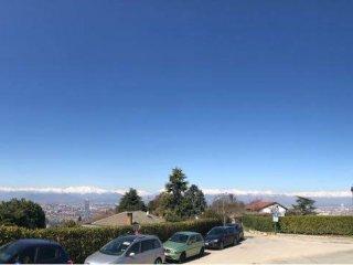 Foto 1 di Villa strada Cunioli Alti, Torino