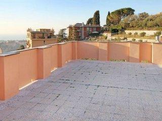Foto 1 di Quadrilocale via MONACO SIMONE, Genova (zona Apparizione)