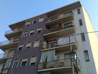 Foto 1 di Trilocale via Giuseppe Avezzana 39, Chieri