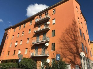 Foto 1 di Appartamento Bologna (zona Saffi)