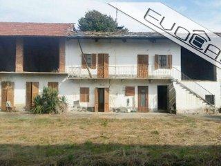 Foto 1 di Rustico / Casale via Cristina 6, Cavour