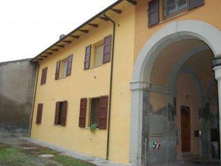 Foto 1 di Trilocale via camillo zampieri, Imola