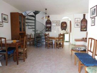 Foto 1 di Villa viale Spinzillo, frazione Quasano, Toritto