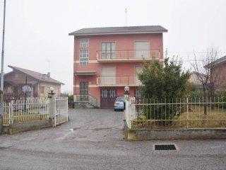 Foto 1 di Villa via degli Eula, Villanova Mondovì