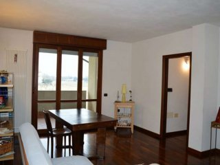Foto 1 di Appartamento via Ugo La Malfa, Forlì