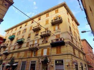 Foto 1 di Quadrilocale via Leone Vetrano, Genova (zona Cornigliano)
