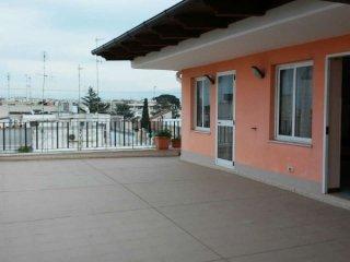 Foto 1 di Appartamento via Vito Campanella, Rutigliano