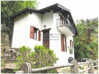 Foto 1 di Villa via del Castello 16,  Cavaglio-Spoccia