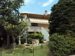 Foto 1 di Villa via A. Moro, Baricella