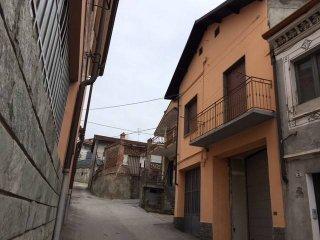 Foto 1 di Trilocale piazza Trento e Trieste, Canale