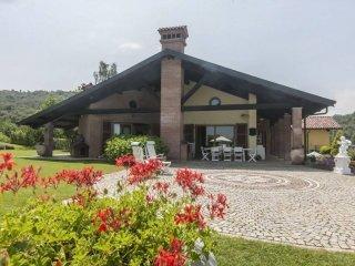 Foto 1 di Villa via delle Acque, Vicoforte