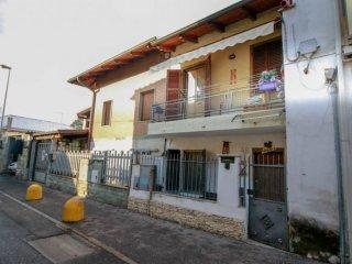 Foto 1 di Villetta a schiera via CAVOUR 46, Settimo Torinese