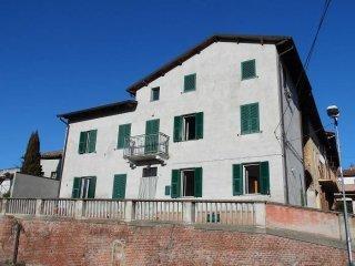 Foto 1 di Rustico / Casale via Roma, Camino
