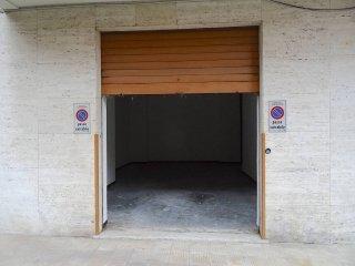 Foto 1 di Box / Garage via Pietro Ameglio, Genova (zona Marassi-Staglieno)