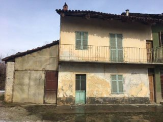 Foto 1 di Rustico / Casale via Capoluogo 63, Santo Stefano Roero