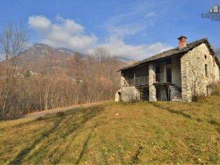Foto 1 di Rustico / Casale strada Biogno, Traversella