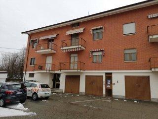 Foto 1 di Trilocale via dell'Asilo 46, Grinzane Cavour