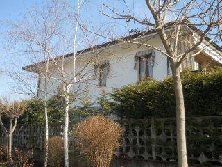 Foto 1 di Villa via Ugo Foscolo, Druento