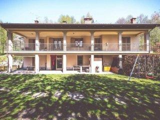 Foto 1 di Villa strada delle Cascine, Pinerolo