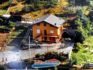 Foto 1 di Villa via Rivere, Pessinetto