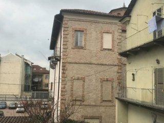 Foto 1 di Appartamento piazza San Martino, Asti