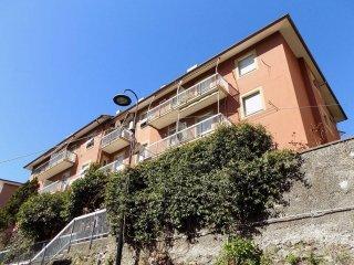 Foto 1 di Bilocale corso Belvedere, Genova