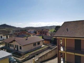 Foto 1 di Attico / Mansarda via Govone, San Damiano D'asti