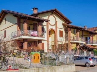 Foto 1 di Appartamento via Gentile, frazione Favari, Poirino