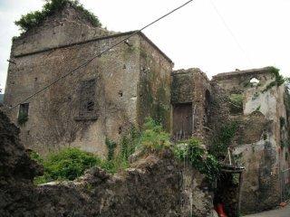 Foto 1 di Casa Colonica via Eleonora D'Aragona,  frazione Polvica, Tramonti
