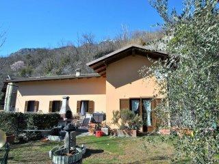 Foto 1 di Casa indipendente Via Rocca, Bussoleno