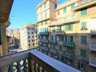 Foto 1 di Appartamento Genova (zona San Martino)